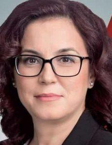 Наташа Петровска